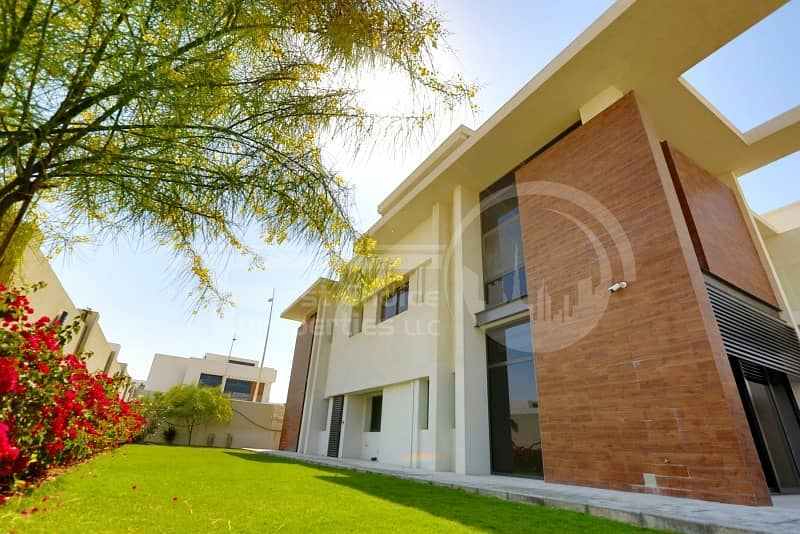 Stunning 4BR Villa in Yas Island for Sale!!