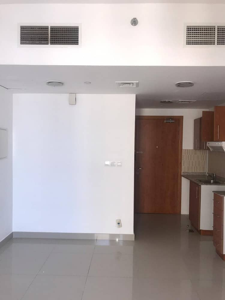BAST  Studio Apartment with Balcony AND Bast price  in Lakeside Tower IMPZ