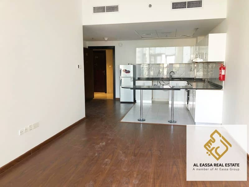 2 Modern 1BR with kitchen appliances for rent | 4 cheques