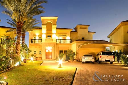 5 Bedroom Villa for Sale in Jumeirah Islands, Dubai - E.F Villa | Upgraded | City Skyline view