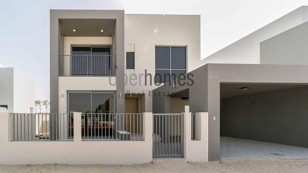 Luxurious 5 Bedroom Villa near Pool & Park