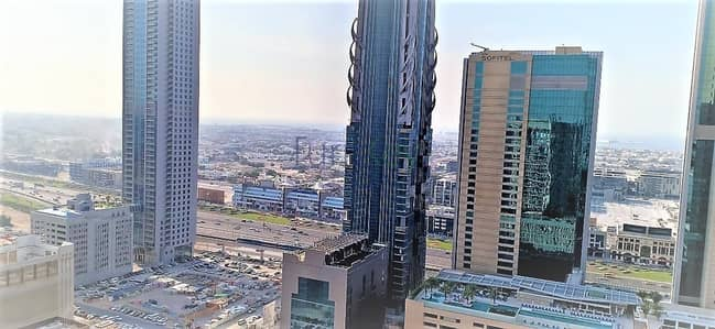 2 Bedroom Apartment for Sale in Downtown Dubai, Dubai - Vacant | Sea View | Higher floor | 2 bed Burj Vista