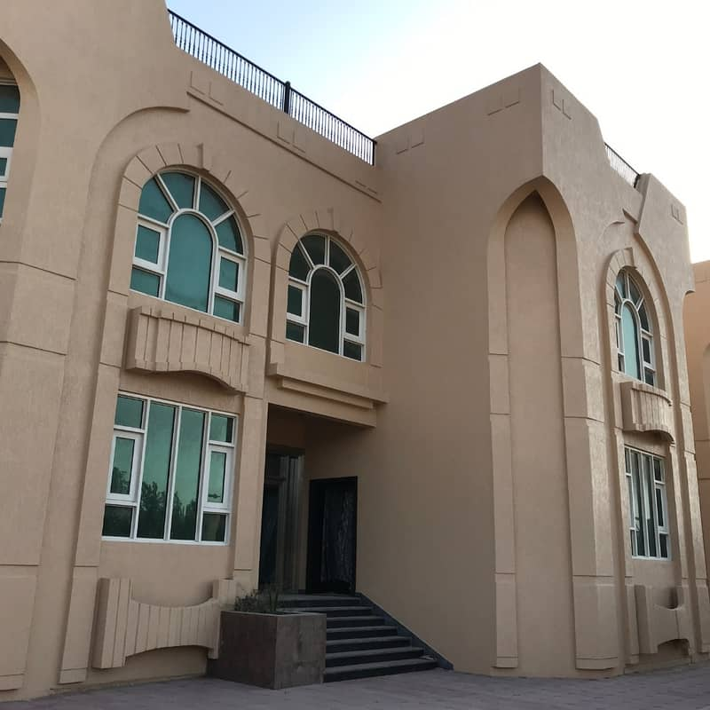 Large commercial residential villa and excellent location in Ramtha for rent