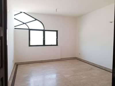 2 Bedroom Flat for Rent in Defence Street, Abu Dhabi - Hot Deal 2 Bedroom Apartment 2 Full Bathrooms 48k in Defence Street.