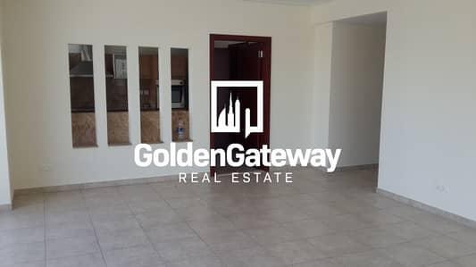 شقة 2 غرفة نوم للبيع في ديرة، دبي - VACANT 2 BHK available in Emaar Tower 2 |GCC Nationals Only|