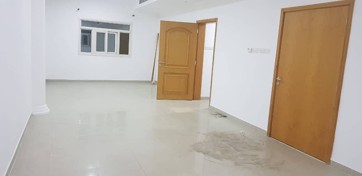 ***** Huge and Lovely 3Bhk Duplex Villa With Pool Available in Mansura Area *****
