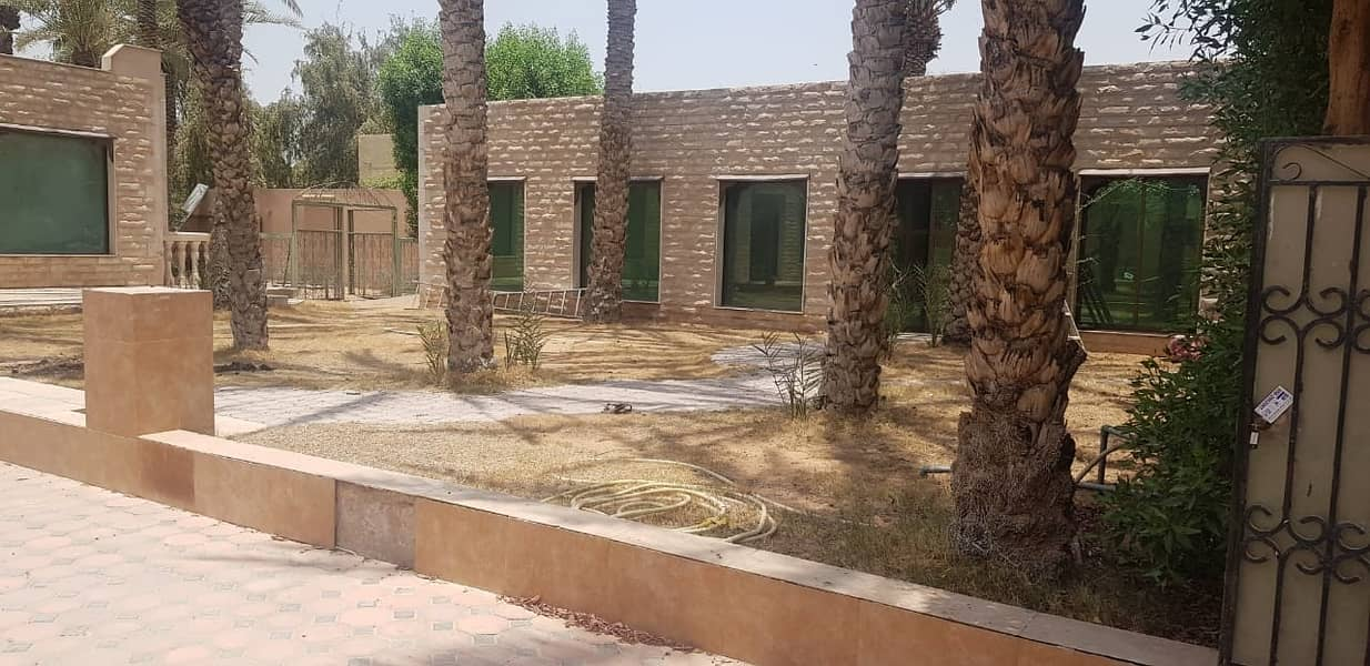 **** HOT OFFER - 4bhk Single Storey Villa available in Halwan Area *****