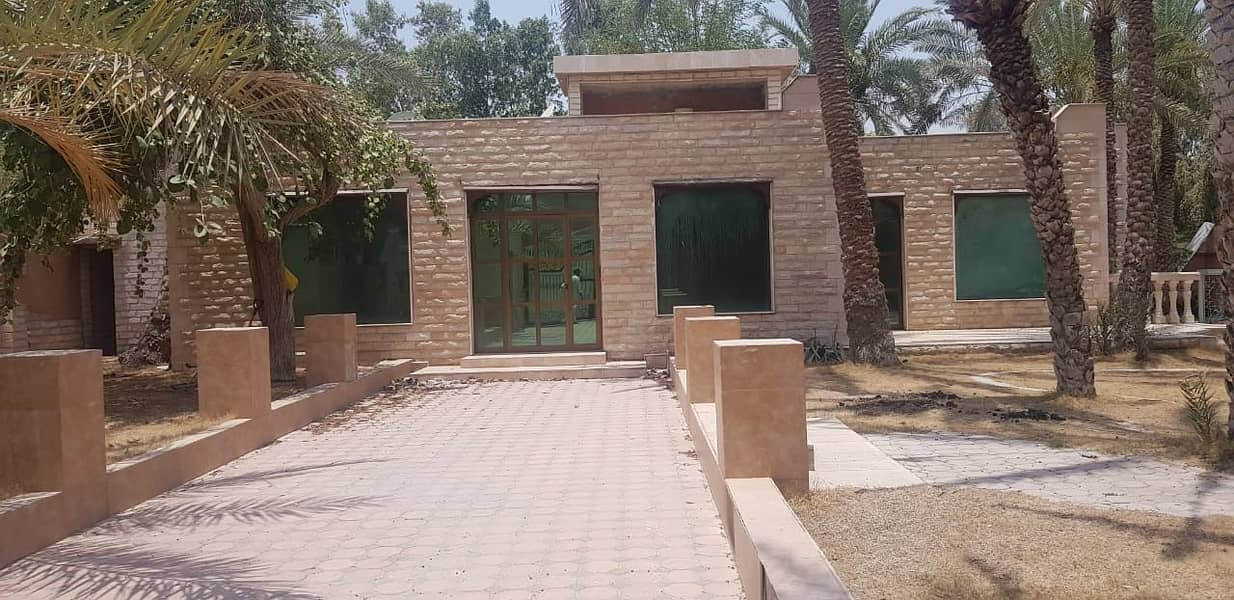 2 **** HOT OFFER - 4bhk Single Storey Villa available in Halwan Area *****