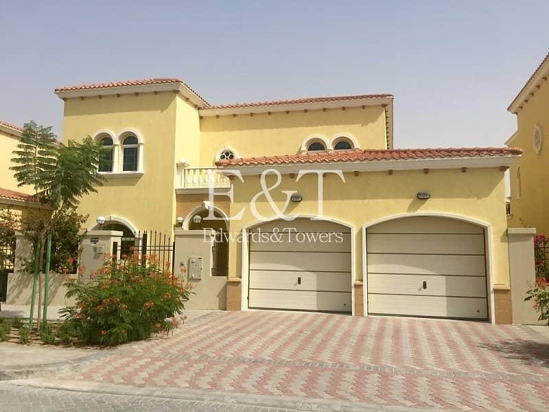 24 District 2|4 BR Legacy Villa w/ Pool