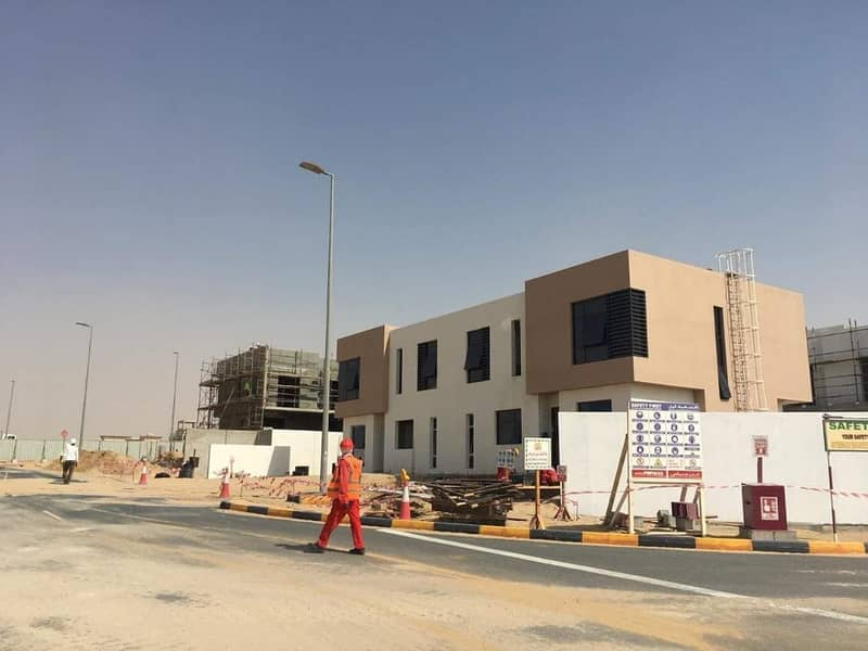 Best Villa Price In Sharjah 899. 000 2 bed room Plus maid 5 Min. sharjah Airport