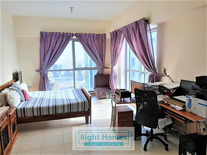 High Floor 2BR+M |Close to Metro| Executive Tower