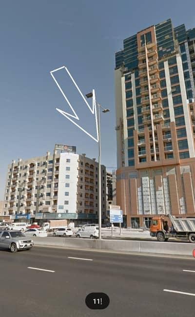أرض لقطة للبيع سكني تجاري على شارع جار ثاني قطعة من شارع  الاتحاد منطقة النعيمية موقع مميز