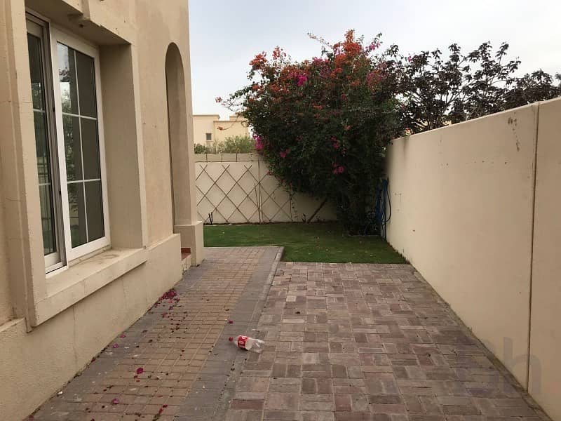 14 4E type | Ready to move in | Next to Souk