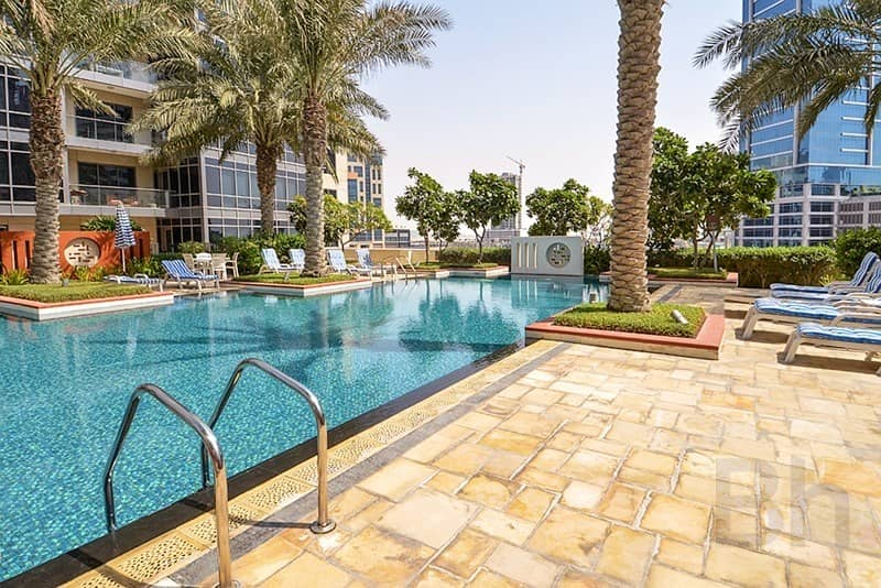 14 3 bed plus maids   Burj & Fountain View