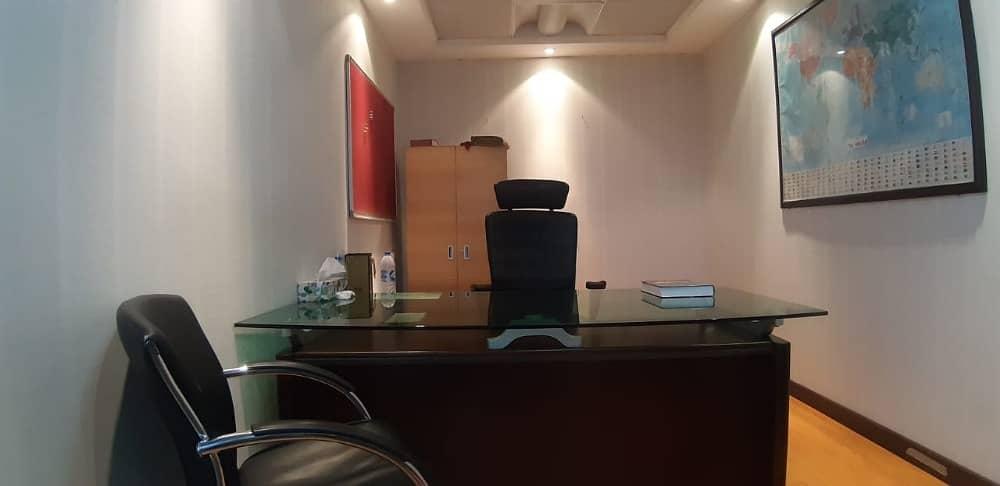 مکتب في شارع صلاح الدين ديرة 25000 درهم - 4122114