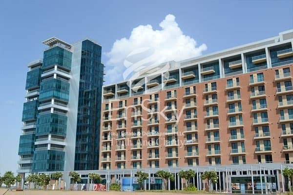Luxurious 2 BD apt. with Marina View