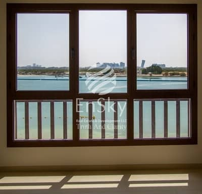 Luxurious Waterfront 5BR with Direct Beach Access!