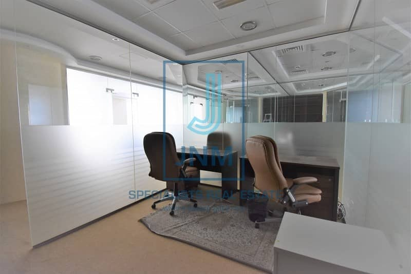Huge Fitted office with glass partitions