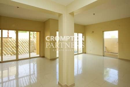 3 Bedroom Villa for Sale in Al Raha Gardens, Abu Dhabi - Single Row Three Bedroom Villa. View it!