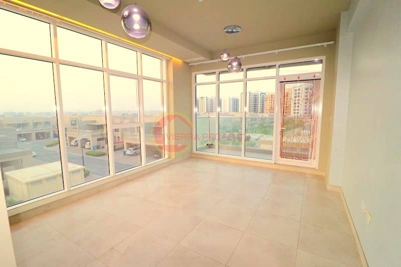 Modern Style   New 2 B/R with Balcony   Pool View   In Platinum 2