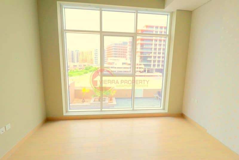 2 Modern Style   New 2 B/R with Balcony   Pool View   In Platinum 2