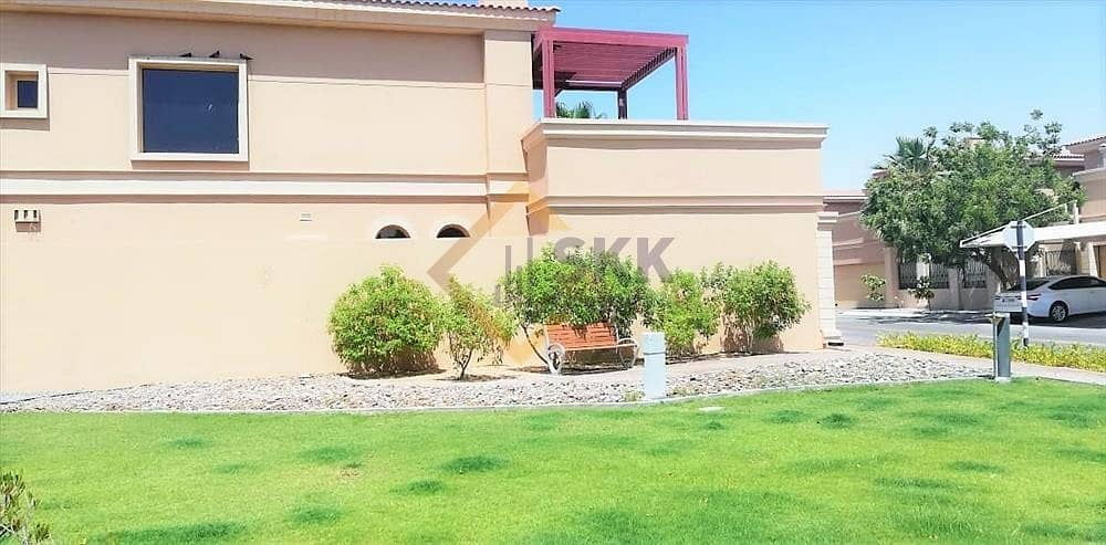 10 5 Bed Room villa with private pool |Rent