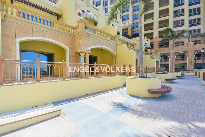 Full Sea View|Spacious 3 Level Townhouse