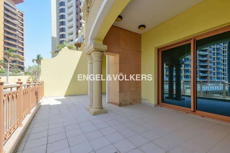 10 Full Sea View|Spacious 3 Level Townhouse