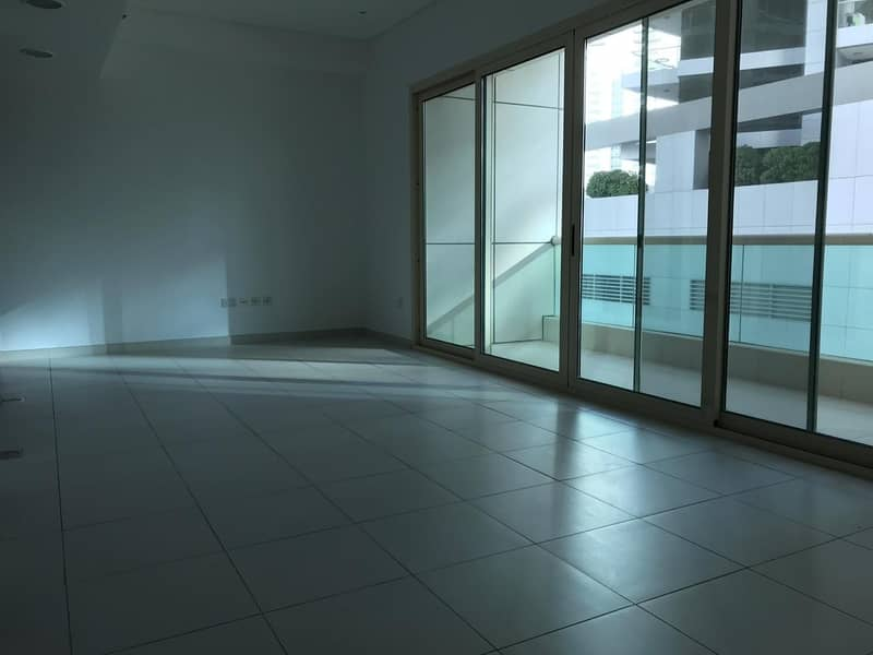 Spacious Studio Apartment | Unfurnished | Balcony