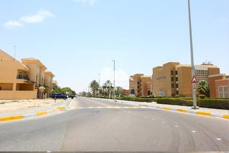 فيلا مجمع سكني  للبيع في مدينة بوابة أبوظبي (اوفيسرز سيتي)، أبوظبي - Community
