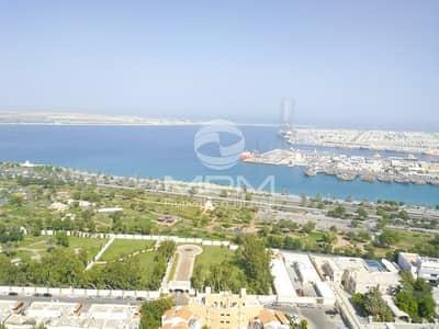 شقة 3 غرفة نوم للايجار في المینا، أبوظبي - Huge 3 Master Br with Parking