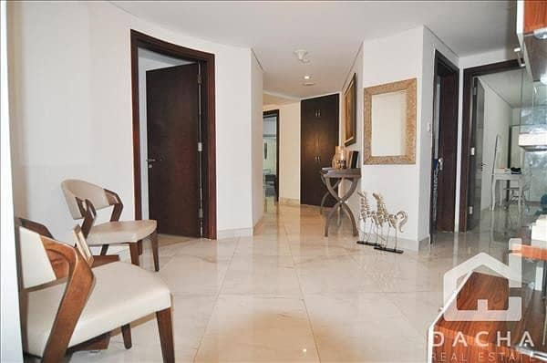 2 Spacious 3 Beds Apartment with Amazing Full Marina View