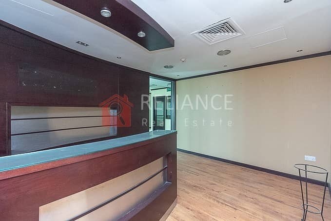 Vacant Office Near Metro | Partitions | Fortune Tower