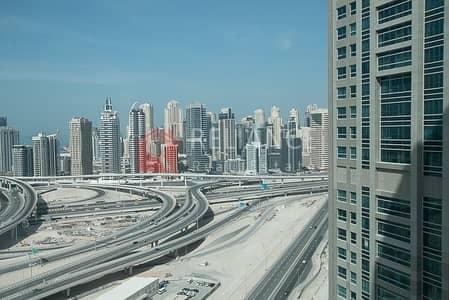 طابق تجاري  للايجار في أبراج بحيرات جميرا، دبي - Full Floor | Shell And Core | Easy Access To Highway