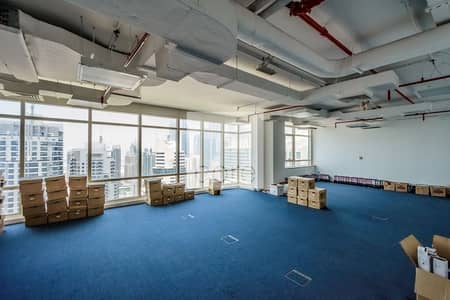 Office for Rent in Jumeirah Lake Towers (JLT), Dubai - Fitted Office Space | High Floor | Parking