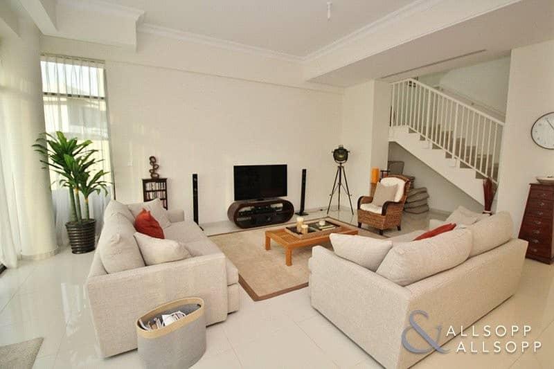 2 Exclusive | Maids Room | Independent Villa