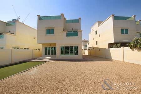 4 Bedroom Villa for Sale in Jumeirah Village Circle (JVC), Dubai - Vacant | Four Bedroom Villa | Outer Circle