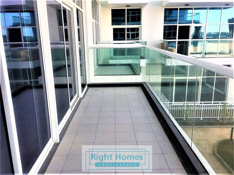 10 EXCLUSIVE | BEST LAYOUT 1BR | LARGE BALCONY
