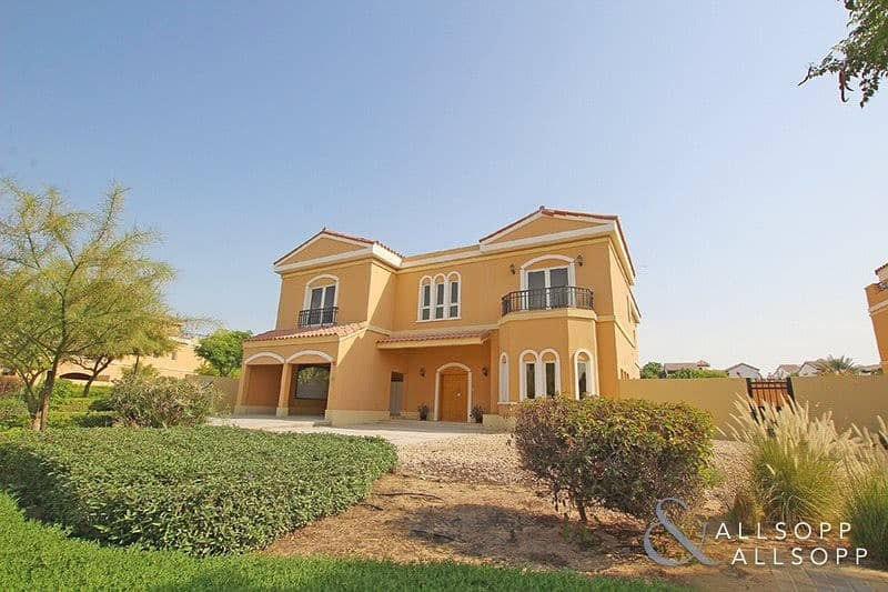 Private Pool | 5 Bed | Maids | Corner Plot