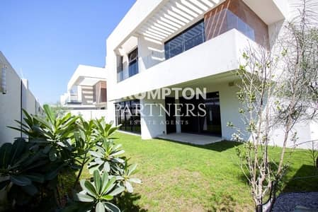 4 Bedroom Villa for Sale in Yas Island, Abu Dhabi - Villa for Re-sale Block C Available  Now