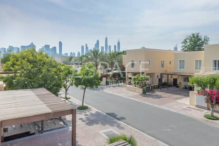 4 Bedroom Villa for Sale in The Lakes, Dubai - Immaculate Type 4 Next to Lakes Club | VOT
