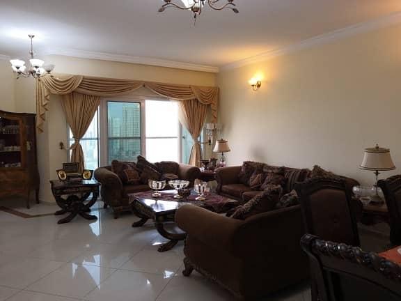 شقة رائعة ثلاث غرف وصالة مع غرفة خادمة للبيع على ممزر الخان وجزيرة مريم