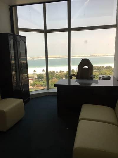 مکتب  للايجار في منطقة الكورنيش، أبوظبي - مكاتب للايجار ( 10 الاف درهم 6 شهور ) اسعار مميزة لفترة محدودة
