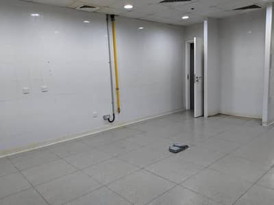 FULLY FITTED  RETAIL SHOP - PRIME LOCATION IN JLT