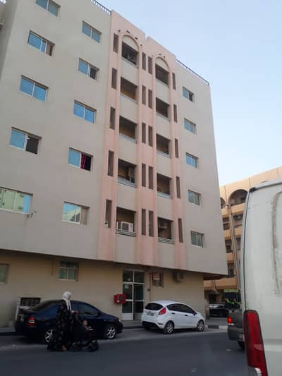 فلیٹ 1 غرفة نوم للايجار في النباعة، الشارقة - شقة في النباعة 1 غرف 19000 درهم - 4132101