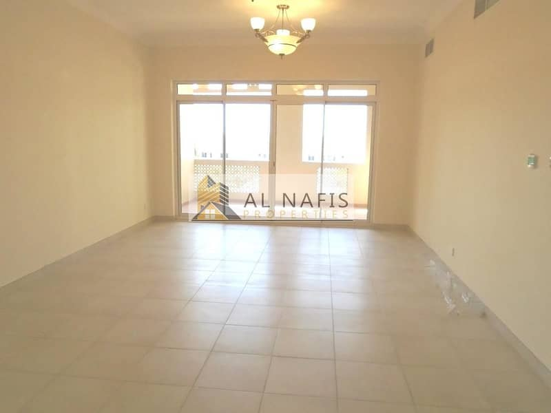 2 Golf course View|Bright|2Bedrooms with Maids