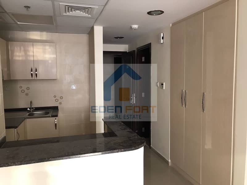 2 Spacious Studio in Uni Estate Sports Tower for rent ..