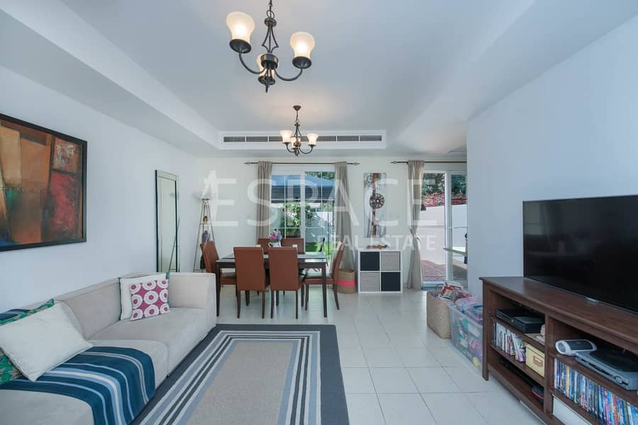 Great Condition - 2 Bedroom Townhouse