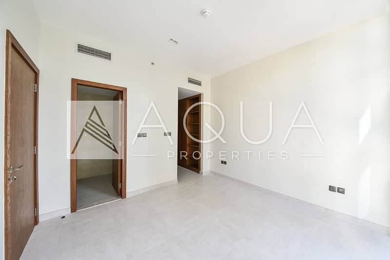 Brand New 1 Bed with Partial Marina View