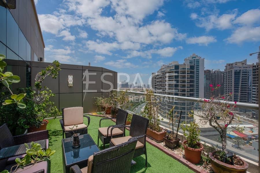 Rare Type Apt - Large Roof Terrace Area